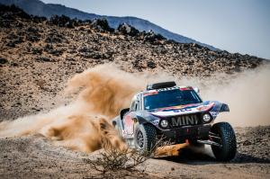 mini-dakar-2021-peterhansel-12
