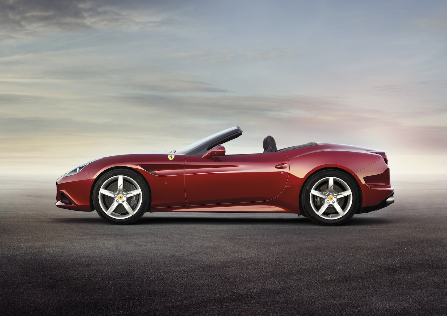 ferrari-california-t-10-1