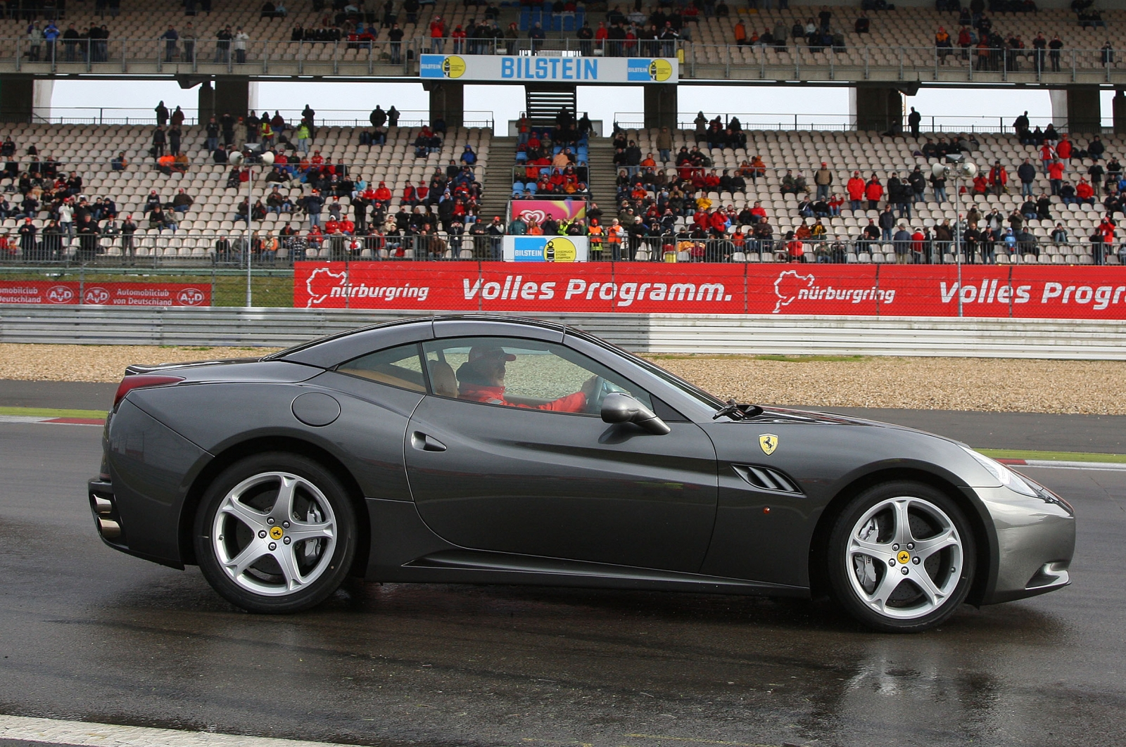 ferrari-california-16