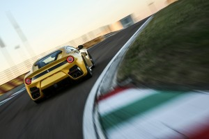 ferrari-f12-tour-de-france-f12tdf-12