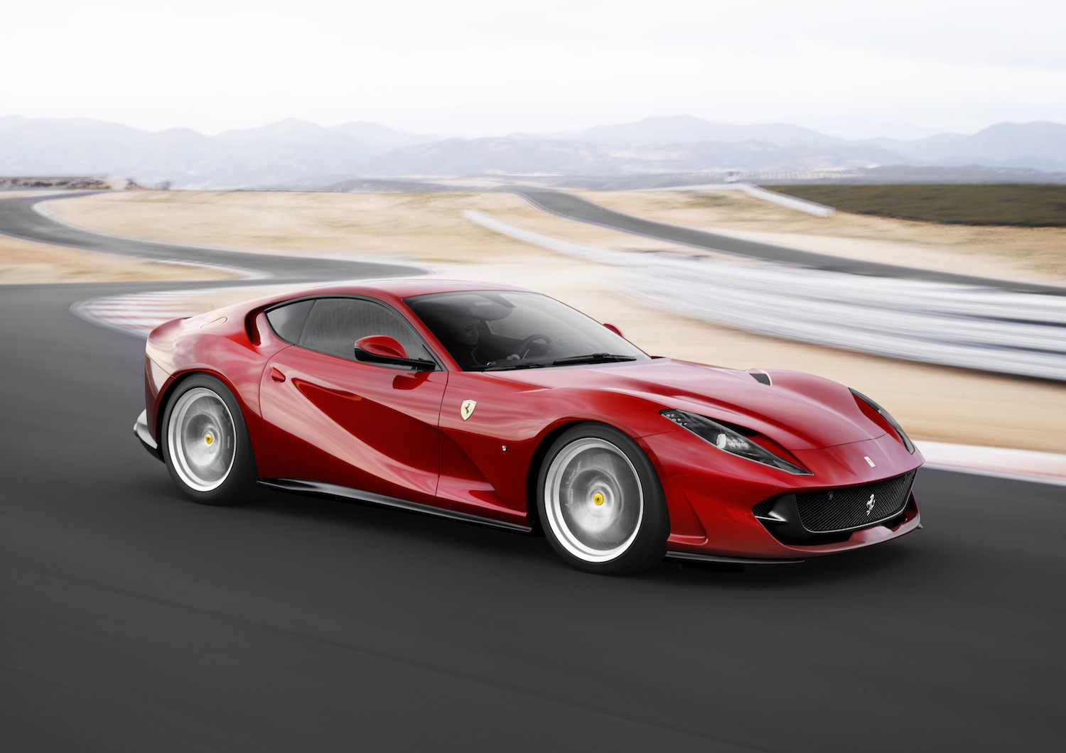 ferrari-812-superfast-6 (1)