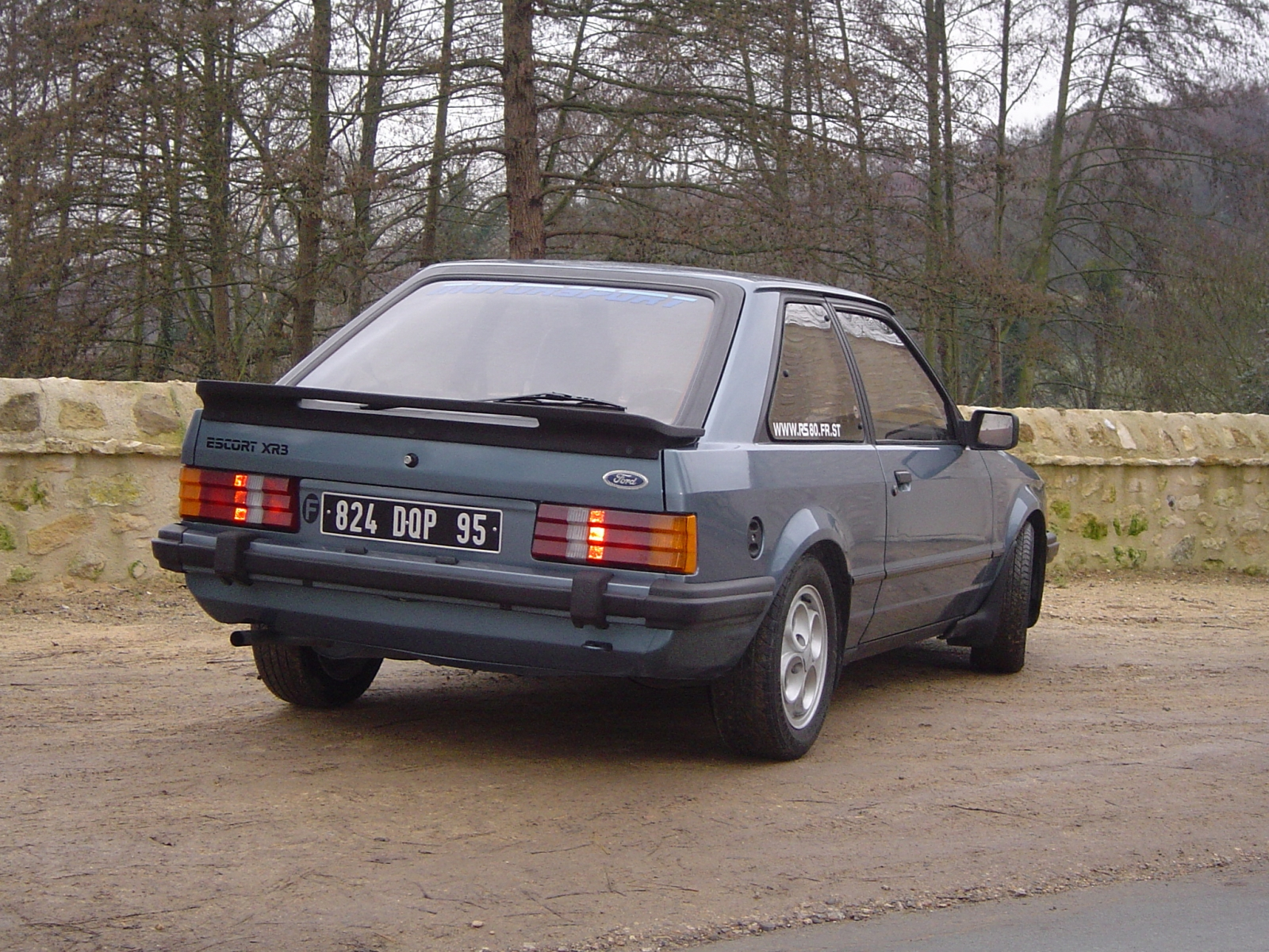 ford-escort-xr3-1980-4
