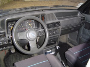 ford-escort-xr3-1980-9