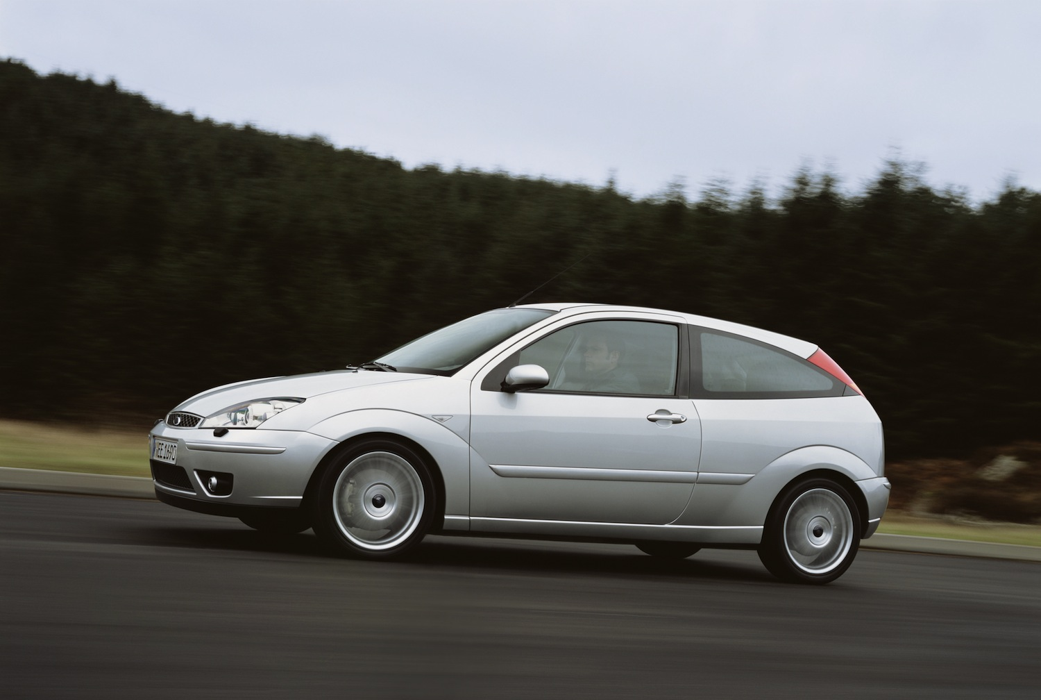 ford-focus-st170-2002-2