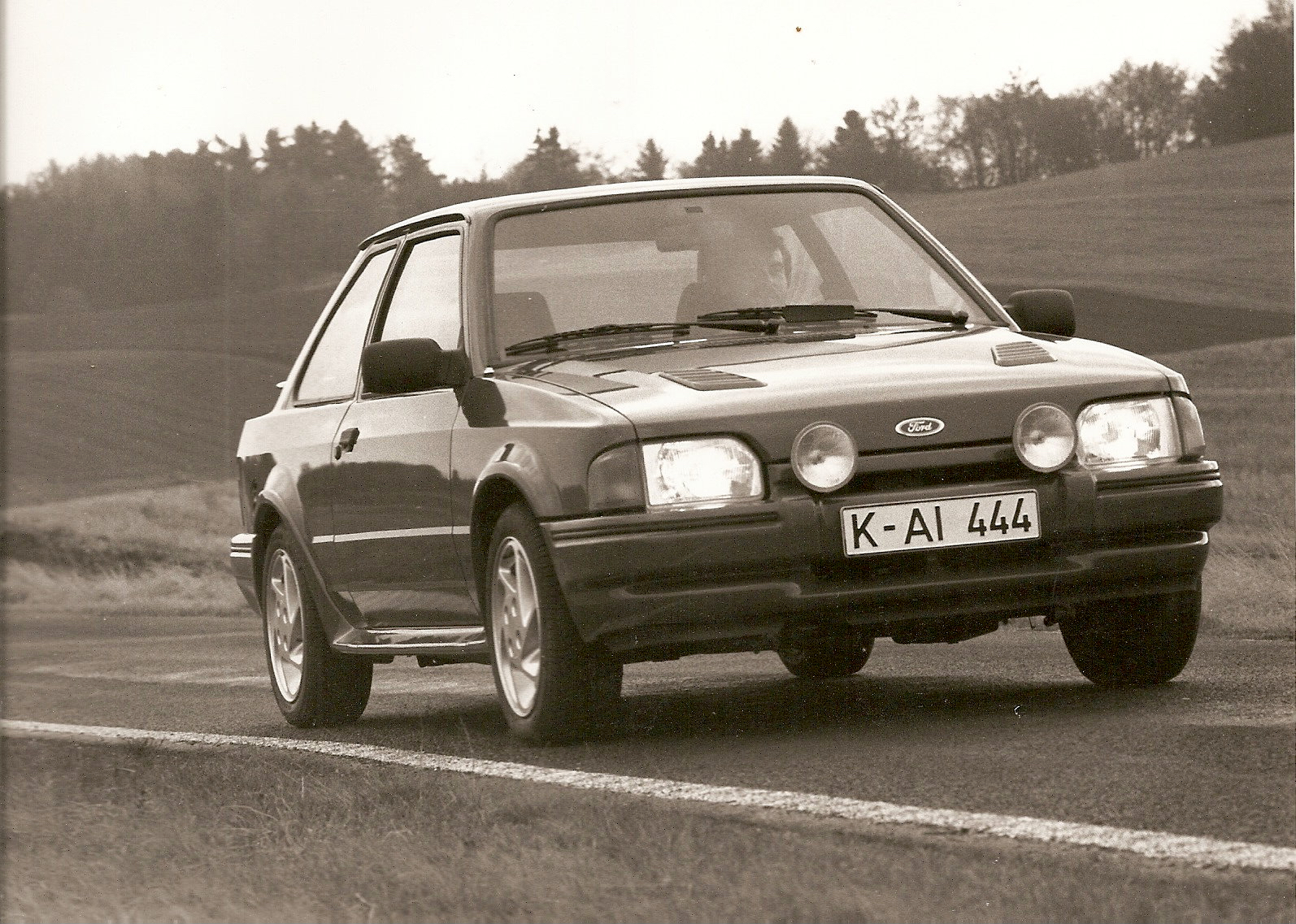 ford-escort-rs-turbo-phase-2