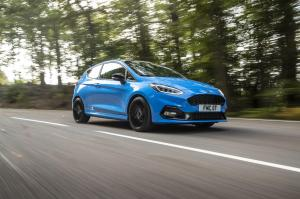 ford-fiesta-st-edition-2020-24