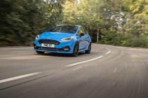 ford-fiesta-st-edition-2020-25