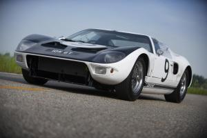 1964 Ford GT prototype 01