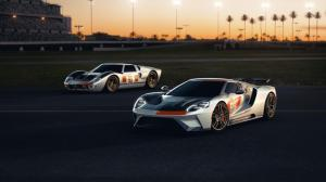 2021-Ford-GT-Heritage-Edition-09