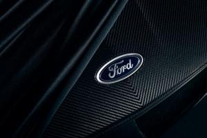 ford-gt-carbon-liquid-2020-5