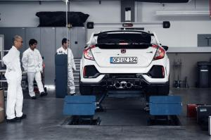 honda-civic-type-r-2017-nurburgring-3