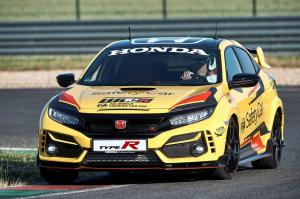 303939 Honda Civic Type R Limited Edition is the 2020 WTCR Official Safety Car