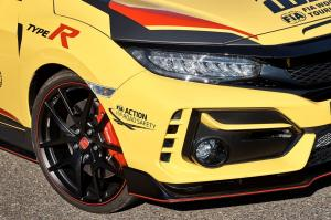 303941 Honda Civic Type R Limited Edition is the 2020 WTCR Official Safety Car