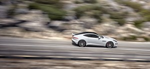 jaguar-f-type-r-coupe-8