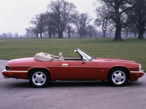jaguar-xjs-v12-convertible-3