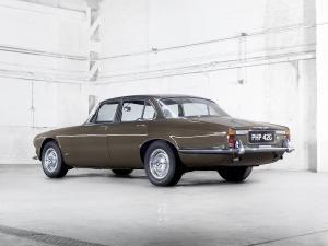 jaguar-xj6-4L2-serie-1-11