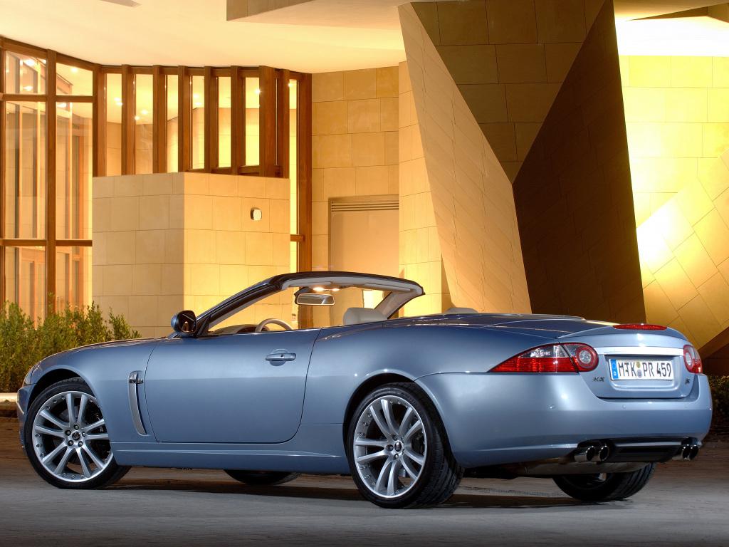jaguar-xkr-x150-cabriolet-1