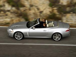 jaguar-xkr-x150-cabriolet-18