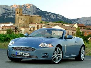 jaguar-xkr-x150-cabriolet-23