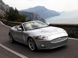 jaguar-xkr-x150-cabriolet-8