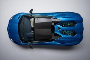 lamborghini-aventador-s-roadster-11