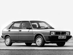 lancia-delta-hf-turbo-mk1-19