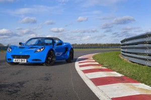 lotus-elise-s-cup-racer-32