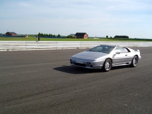 lotus-esprit-turbo-1987-stevens-1