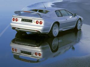 lotus-esprit-silver-reflection-1280x960