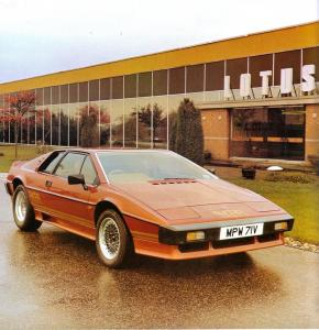 lotus-esprit-turbo-mk1-type-82-1