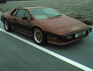lotus-esprit-turbo-mk1-type-82-15