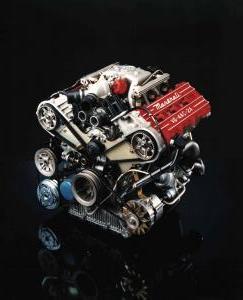 maserati-2.24v-biturbo-moteur