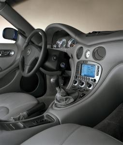 maserati-coupe-v8-4200-10