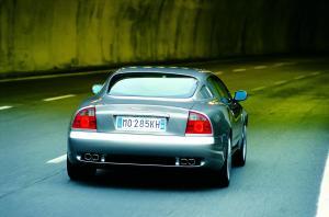 maserati-coupe-v8-4200-18
