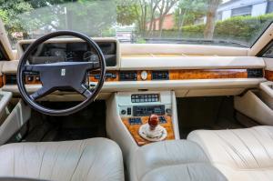 16359-MaseratiQuattroporte3rdgenerationRoyale-1986