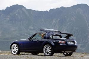 Mazda MX-5, 3rd Gen, Roadster Coupe, 2006 1