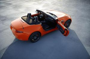 Mazda MX-5 30e Anniversaire livrée Racing Orange