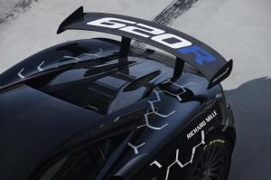 11621-McLaren-620R-