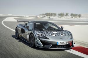 11627-McLaren-620R-