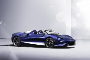13201-TheUltimateopen-toproadsterexperiencewindscreenversionofultra-exclusiveMcLarenElvaentersproduction