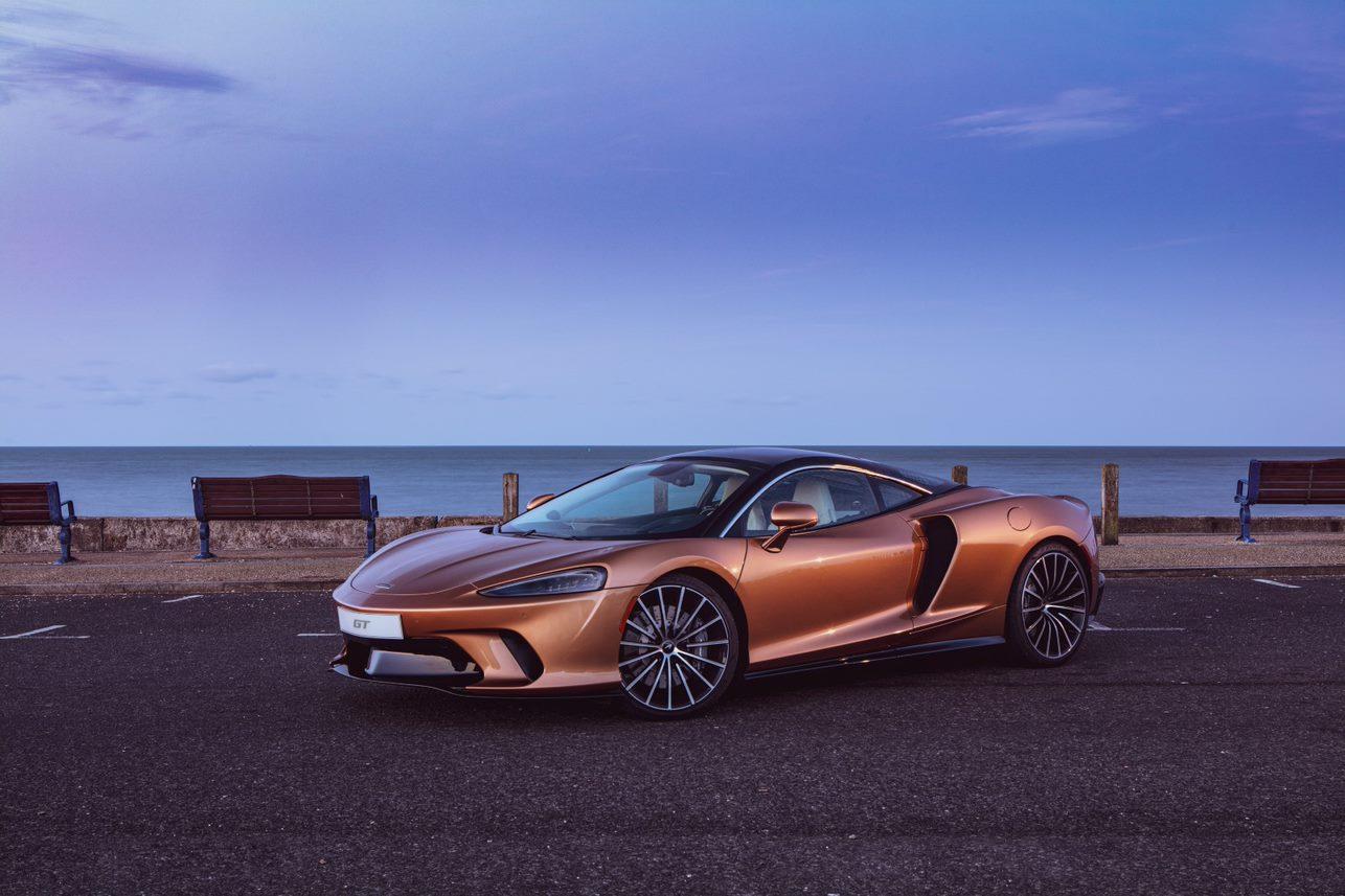 McLaren GT materials 02