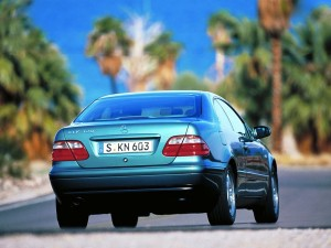 mercedes-benz-clk-320-w208-7