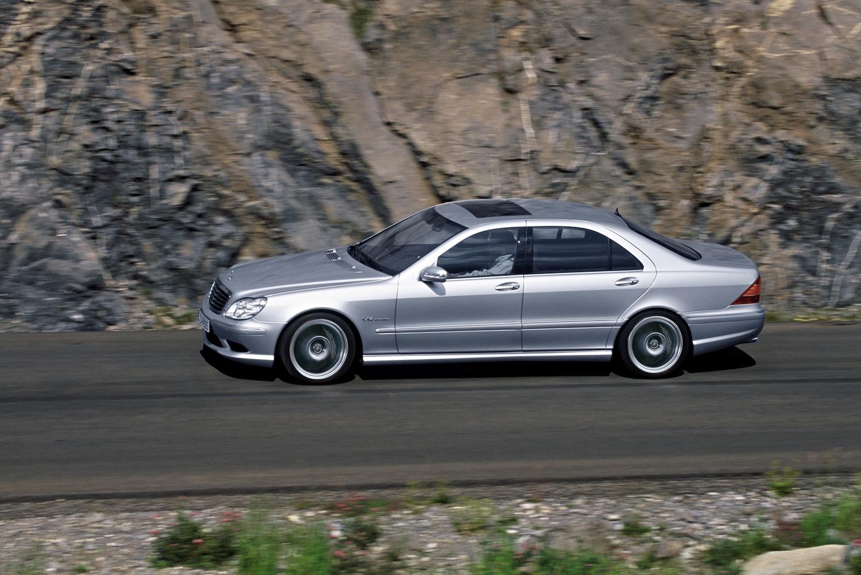Mercedes benz s65 amg v12 biturbo w220 for Mercedes benz amg v12 biturbo
