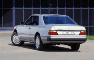 mercedes-benz-300-ce-w124-46