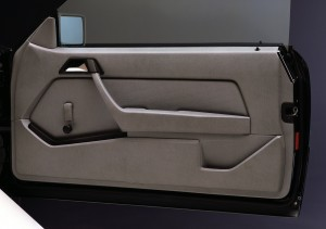 mercedes-benz-300-ce-w124-62