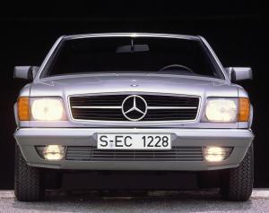 mercedes-benz-380-sec-w126-13