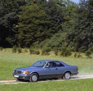 mercedes-benz-420-sec-w126-10