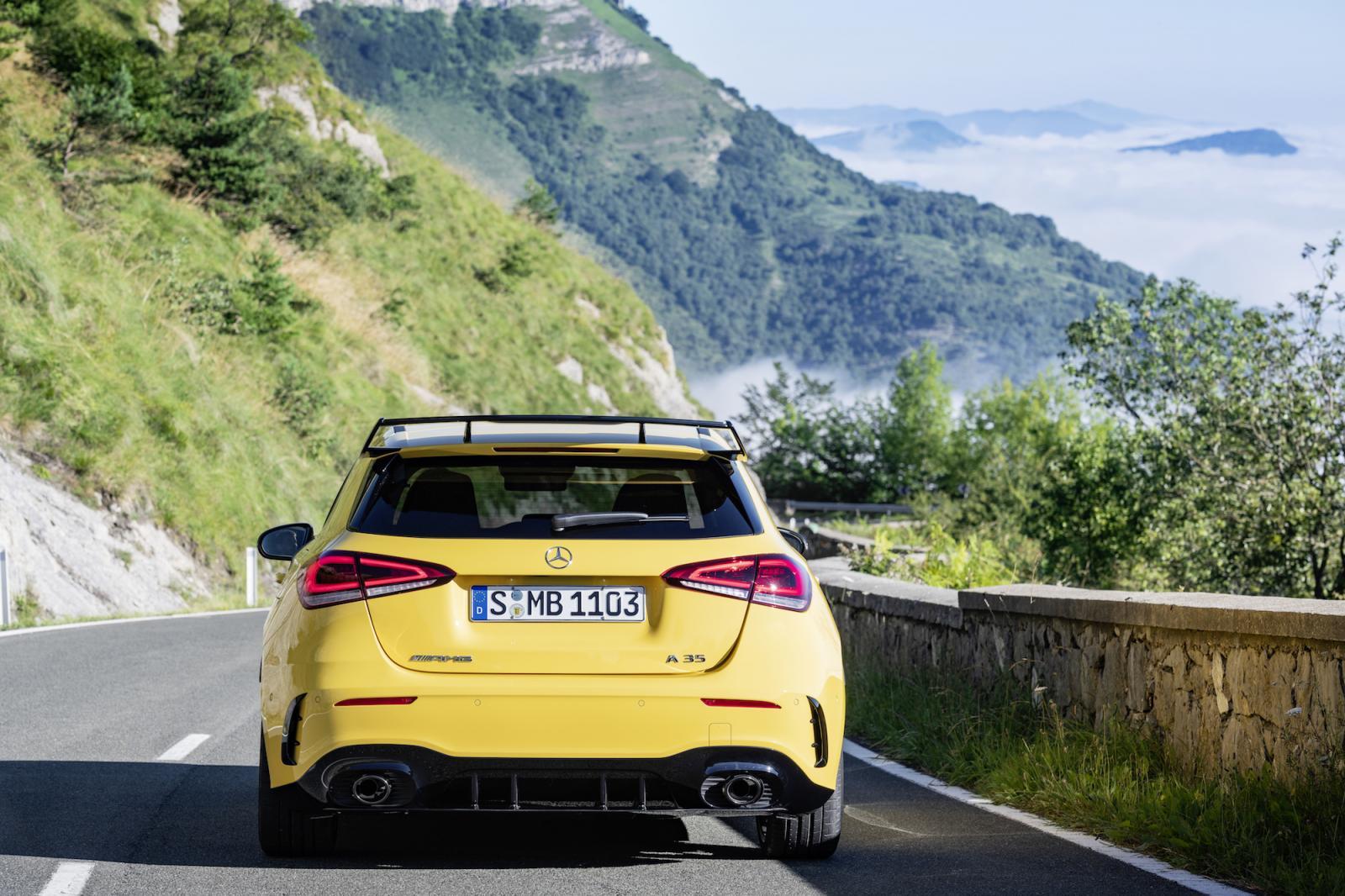 Courbé U Chrome Plaque Support Mercedes Classe E Coupé//Cabriolet précisément