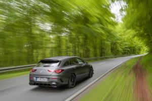 mercedes-benz-cla-45-amg-shooting-break-x118-10