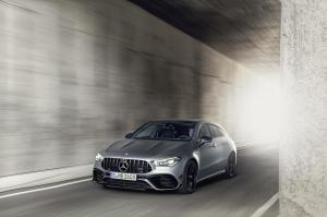 mercedes-benz-cla-45-amg-shooting-break-x118-11